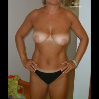 Nude Wife: My Wife Lola