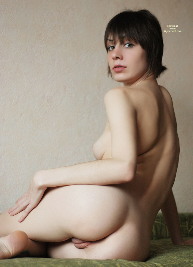 Pussy Exposed From Behind - Shaved Pussy, Naked Girl, Nude Amateur, Pussy From Behind , Amazing Eyes, Looking Over Shoulder, Twat Shot, Short Cropped Hair, Shaved Pussy Peeping From Behind, Indoor Nude, Short Haired Girl, Short Hair, Puffy Pussy Lips