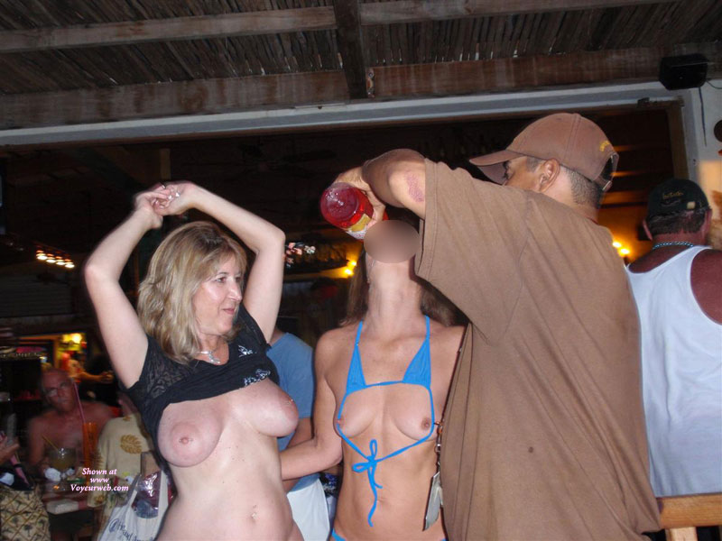 Pic #1 - Topless : Naked And Wild At The Bar