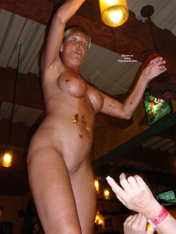 Pic #10 Topless : Naked And Wild At The Bar
