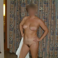 Nude Wife: My Wife Lola 2
