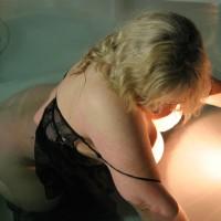 Amateur in Lingerie:*LI Black Lace In Hot Tub