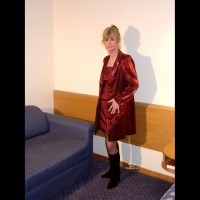 Wife in Lingerie:*LI Wife Went To A Hotel With A Friend And His Camera