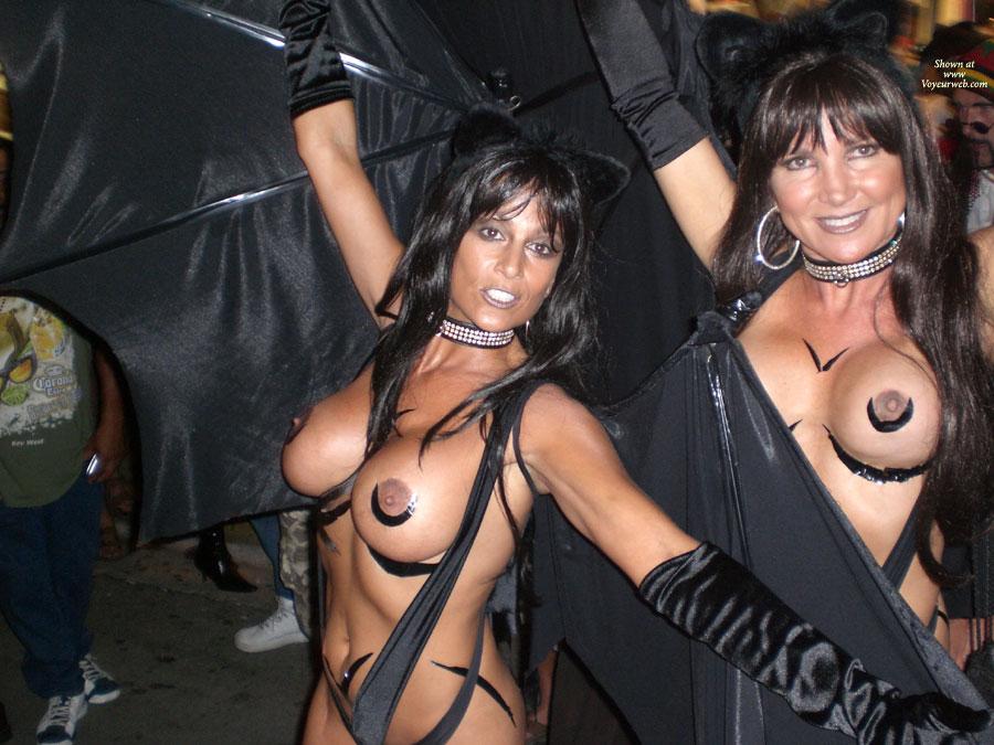 Juvenile girl naked pussy