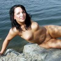 Petite Ines Naked On The Lake