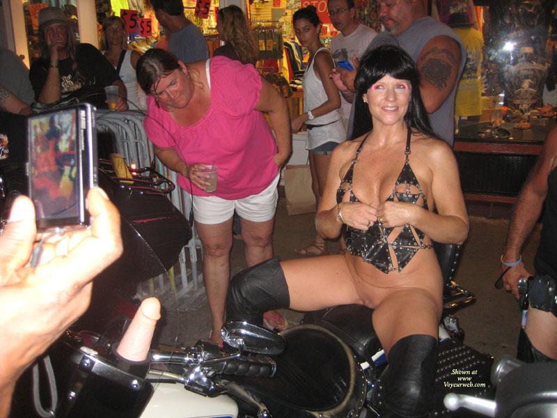 Bikini amateur pictures of handicap sex