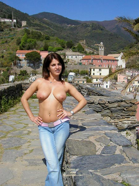Pic #1 - Big Breasts - Beauty, Big Tits, Jeans, Nude In Public, Topless , Big Breasts, Euro Beauty, Topless, Big Tits, Nude In Public, Blue Jeans, Sun Bathed Tits