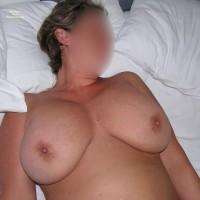Nude Wife:Jamaica 3
