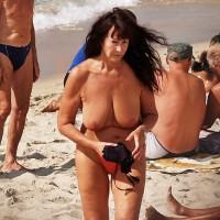 Beach Voyeur:Forever Young