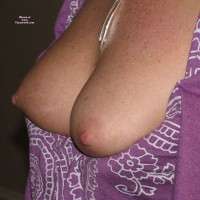 Topless Amateur: Redhot Tits
