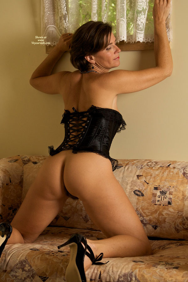 Me In Lingerie Li Vanessablack Corset - March, 2010 - Voyeur Web-1184