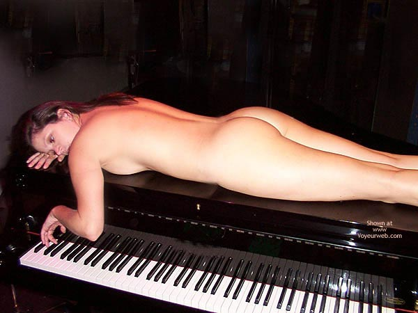 Pic #1 - Nude On Piano - Long Hair , Nude On Piano, Brunett Nude On Piano, Long Brown Hair, Back Ass And Legs Showing