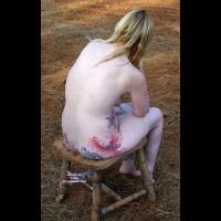 Nude Me:A Nice Place