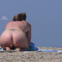 Beach Voyeur: Bare Beach Butts