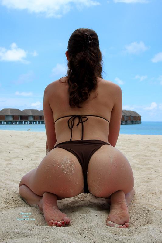 Pic #5 Nude Me:Beach Delight