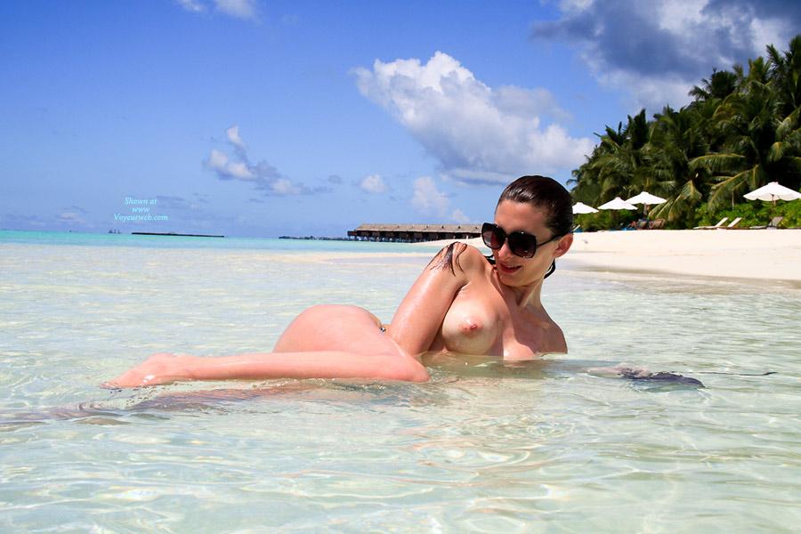 Pic #8 Nude Me:Beach Delight
