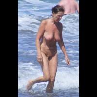 Beach Voyeur:Nudist Woman Full Frontal Mature
