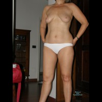 Nude Wife:Wife Helen
