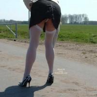 High Heels Und Nylons In Der Sonne