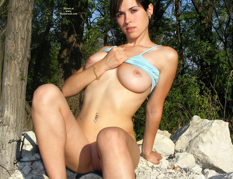 Pic #9 Nude Girlfriend:Alexa In Favourite Park