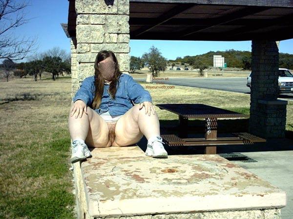 Pic #4 - Peaches (Bbw) Peeing In Public