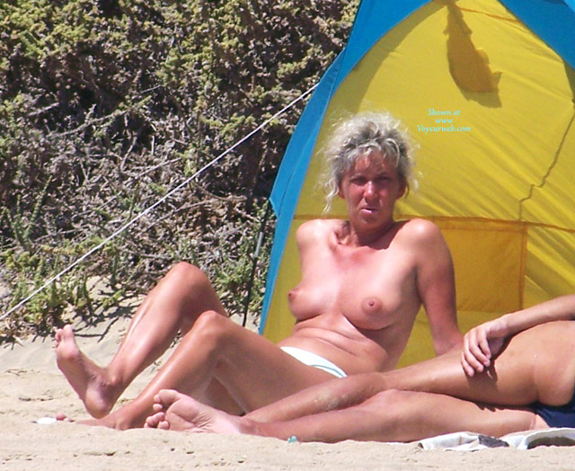 Pic #7 - Beach Voyeur: Mature Tits From The Canaries