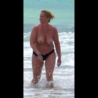 Beach Voyeur:Mature Tits From The Canaries