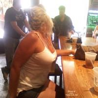 Bottomless Wife:Bar Flashing