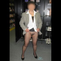 Nude Amateur:Sexy Shop