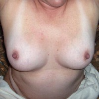 Topless Wife:Tata's