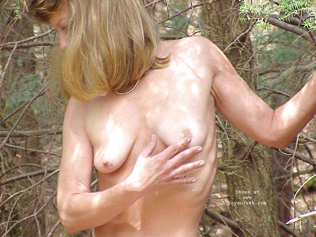 Pic #6 - Natasha close to Nature!