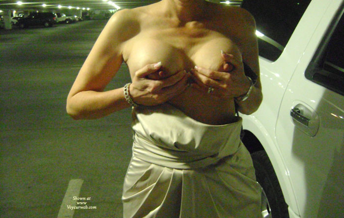 Pic #2 - Topless Wife: Sexy Wife Flashing In Public