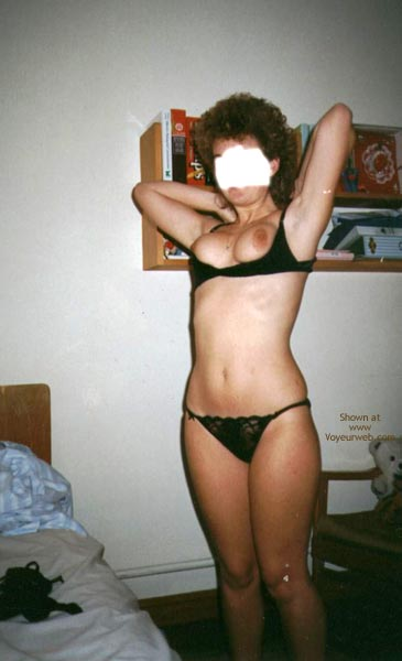 Pic #4 - Holidaying Wife In Bedroom 2