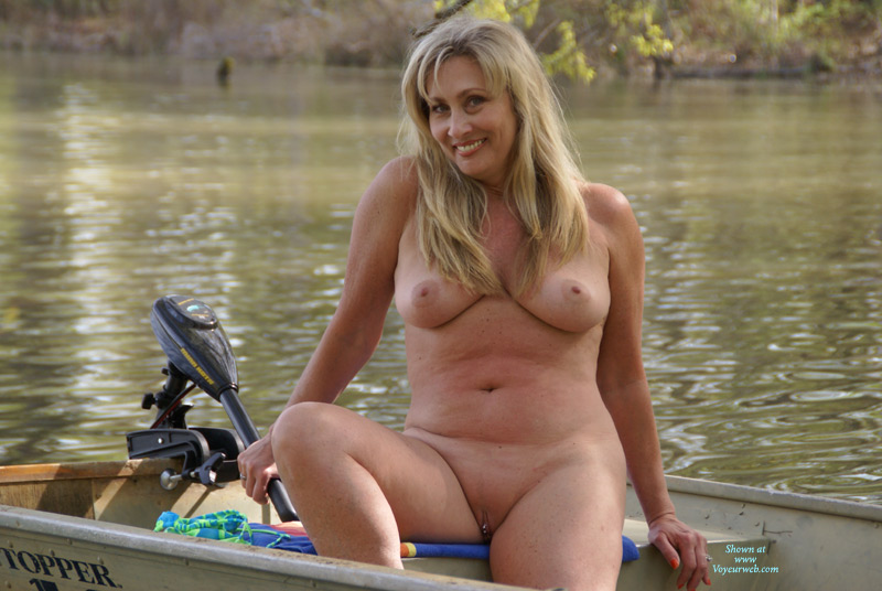 Sorry, Nude women bass fishing god knows!