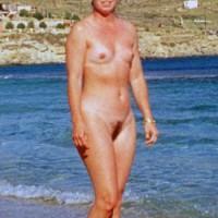 Nude Wife:Nude Wife