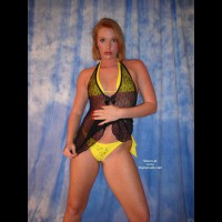 Jennas Yellow Bikini