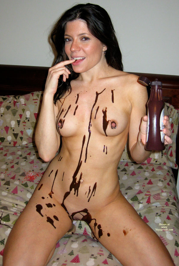 Pic #2 Nude Amateur: Catherine's Chocolate Delight