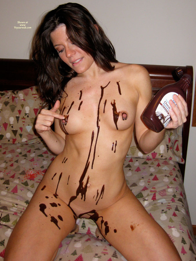 Pic #3 Nude Amateur: Catherine's Chocolate Delight