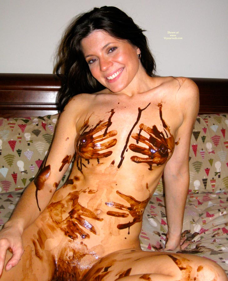 Pic #10 Nude Amateur: Catherine's Chocolate Delight
