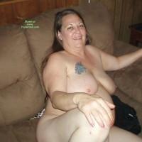 Nude Wife:Swinging Bi Wife