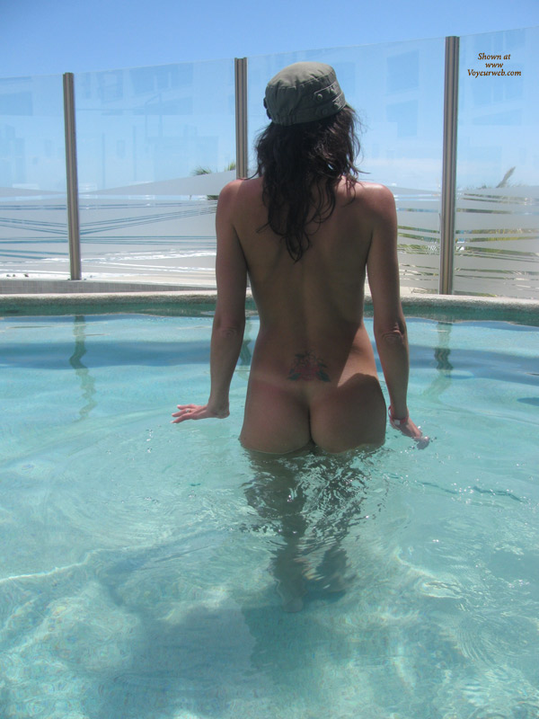 Pic #1 Nude Wife: Fun In Mexico