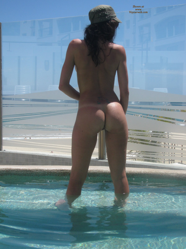 Pic #3 Nude Wife: Fun In Mexico