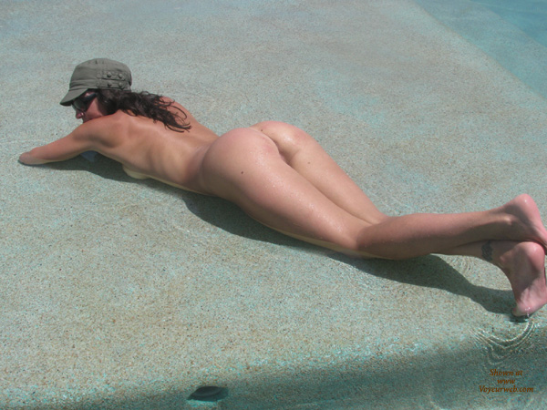 Pic #6 Nude Wife: Fun In Mexico
