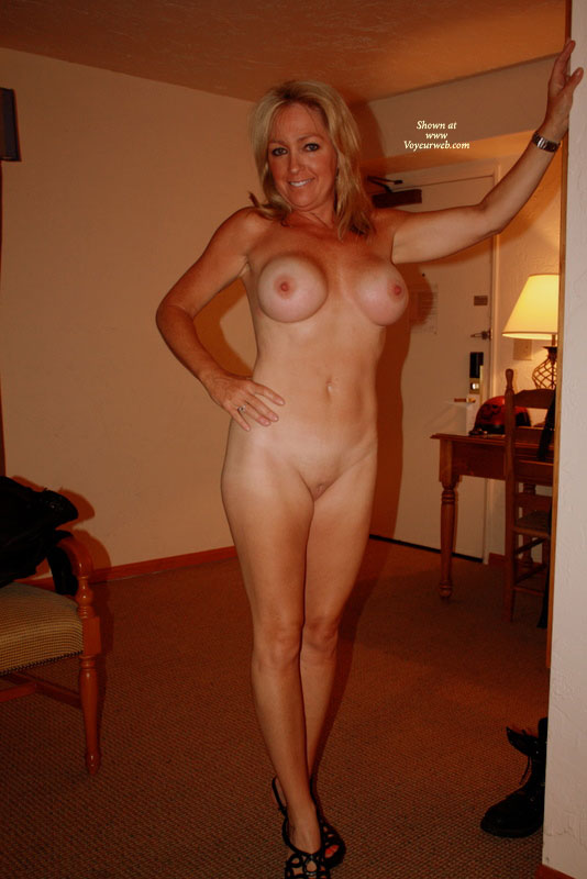 Pic #2 - Nude Wife on heels: *NH Naked In High Heels