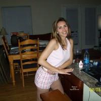 Topless Wife:Alisha