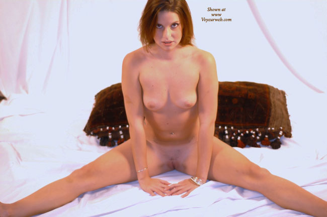 Youngs shaved sex pussy pictures