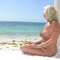 Nude Amateur:Al Natural En Mexico