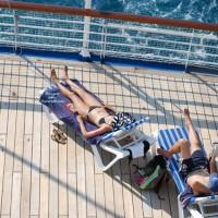 Beach Voyeur:Cruise