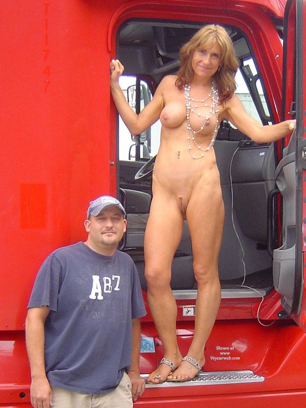 Nude Trucker