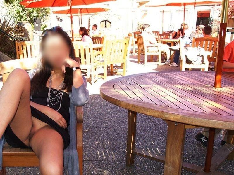 Pic #2 - Pantieless Wife:*UM Sunny Upskirt